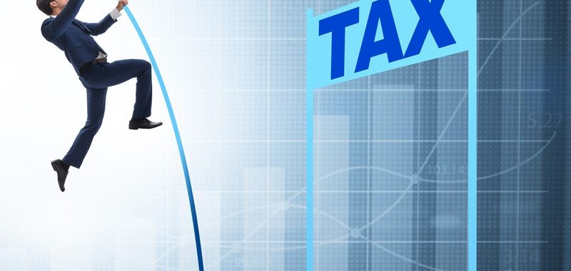 38248c2a 22f2 429c ac8d 11bf088577bf 800x380 - Claiming tax relief for work related expenses